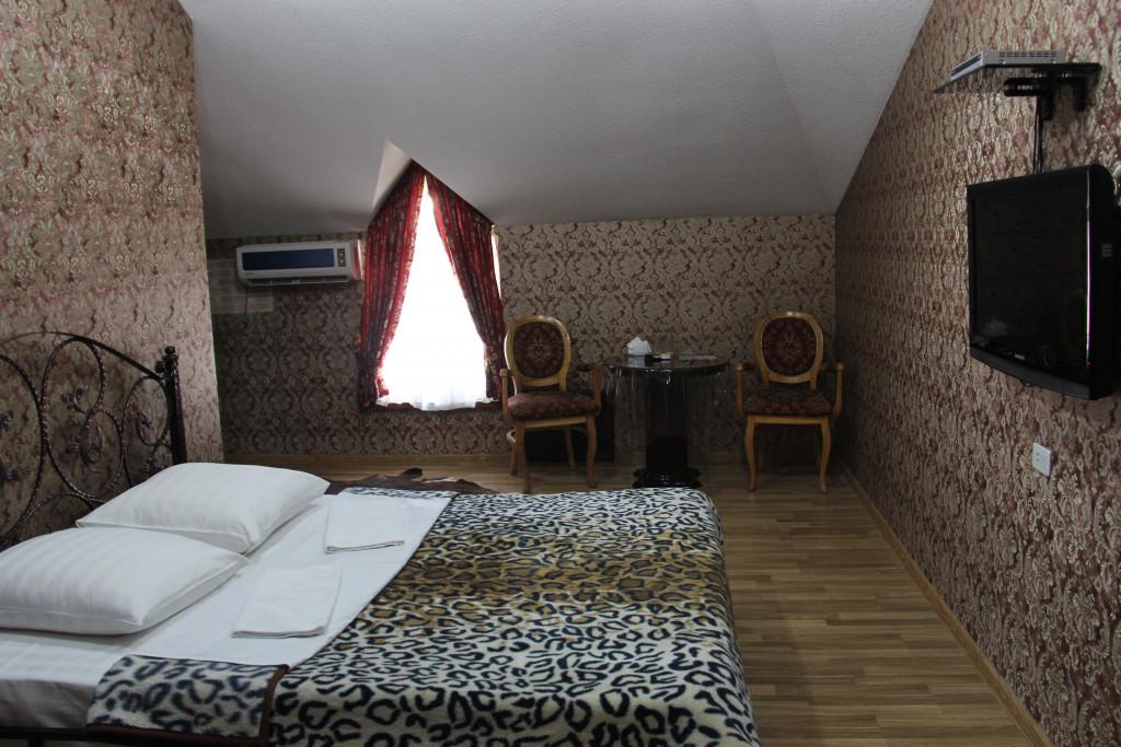 Room 3385 image 30687