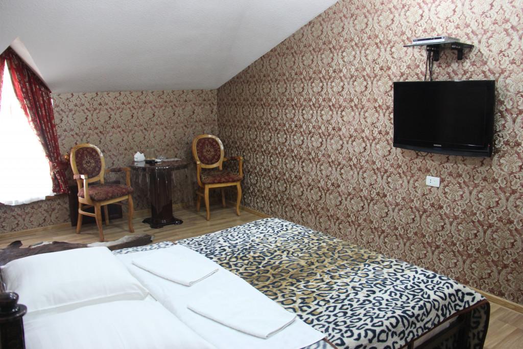Room 3385 image 30688