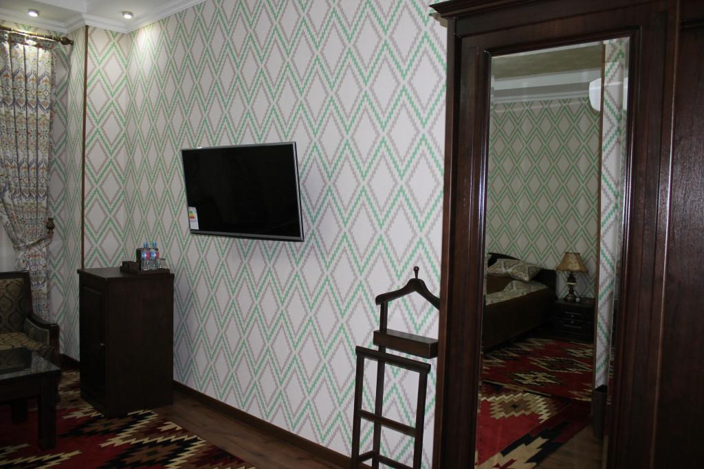Room 3402 image 30958