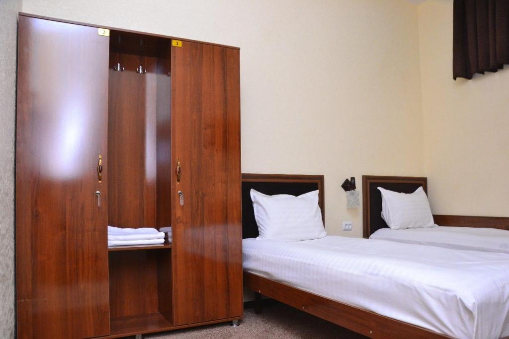 Room 3425 image 31634