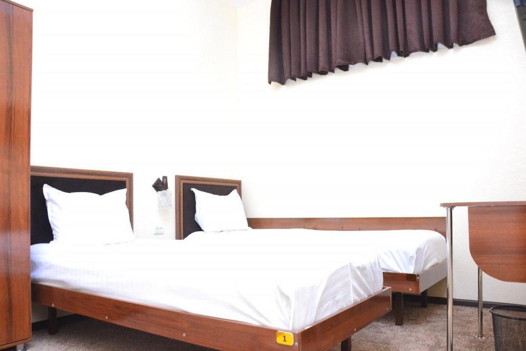 Room 3425 image 31633