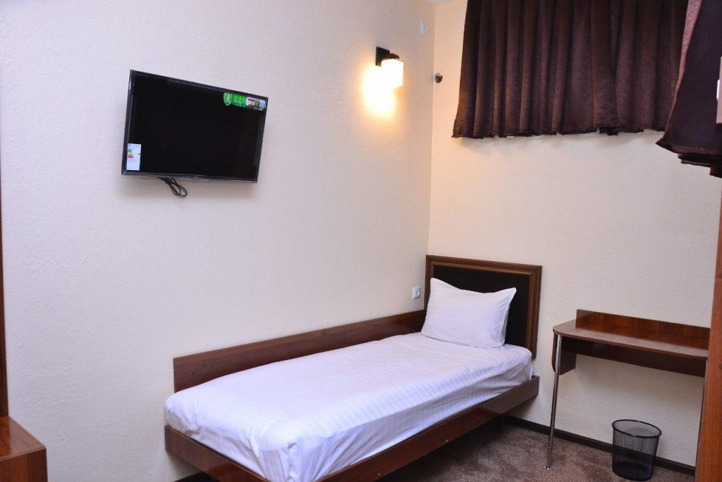 Room 3426 image 31636