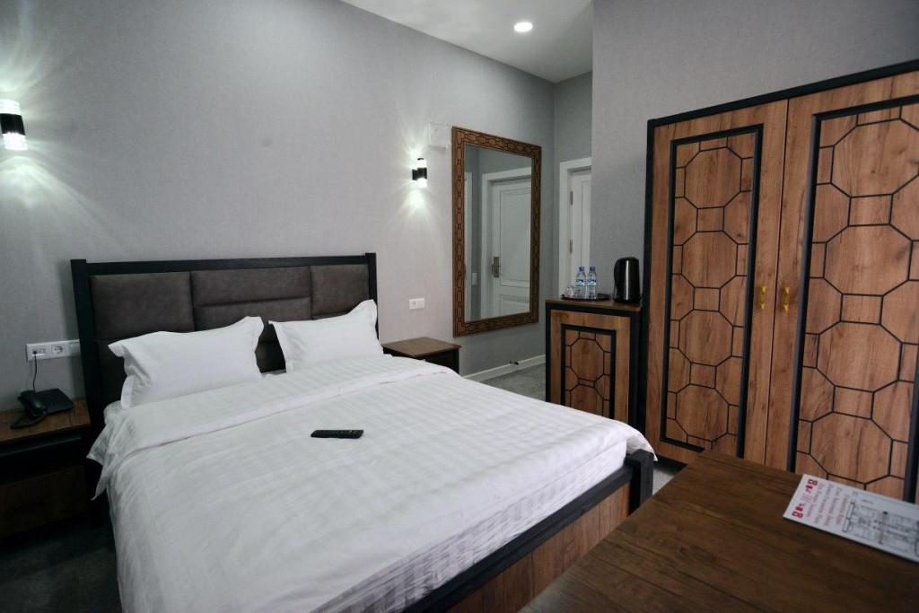 Room 3429 image 31742