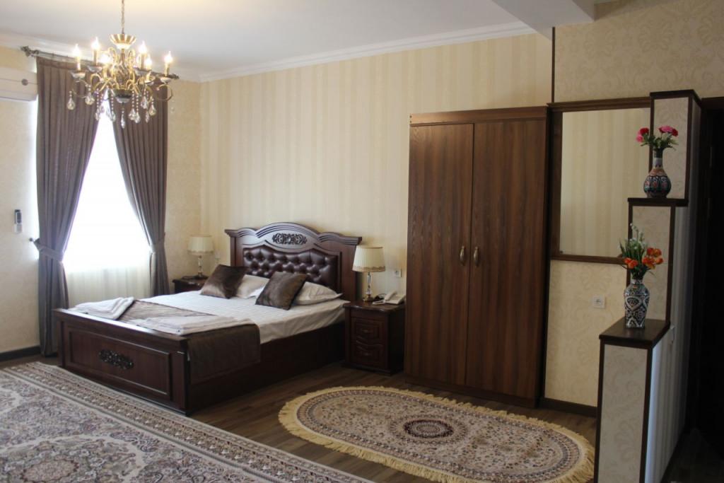 Room 3483 image 32300