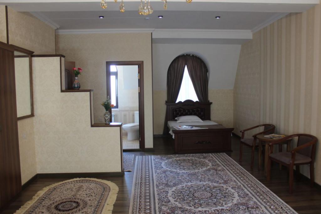 Room 3483 image 32303