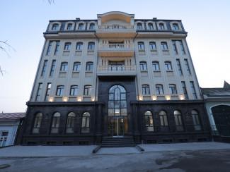 Level Hotel - Image