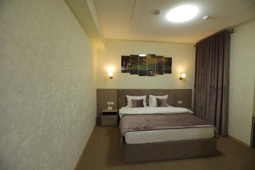 Room 3937 image 37760