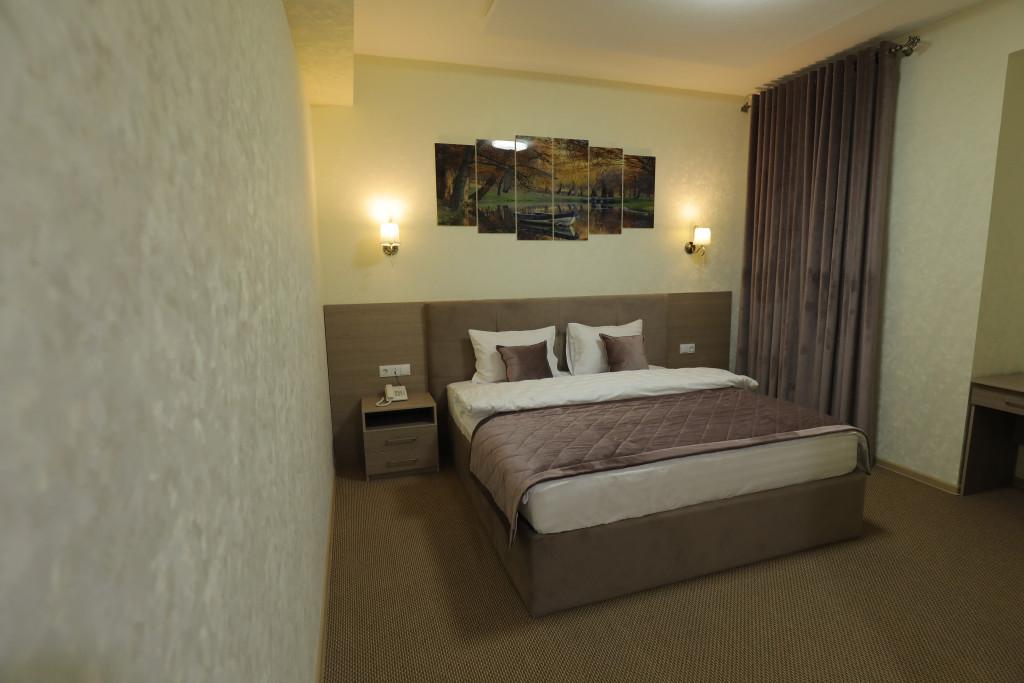 Room 3937 image 37761
