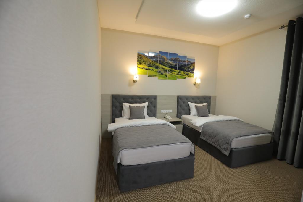 Room 3938 image 37768