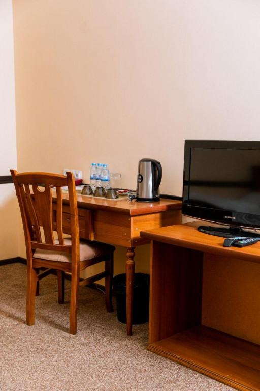 Room 3953 image 37914