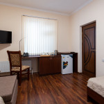 Room 4295 image 41461 thumb