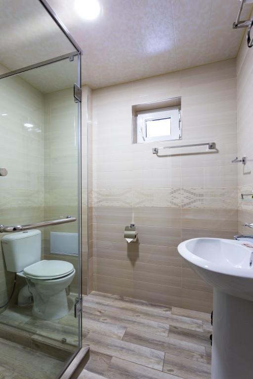 Room 4298 image 41471