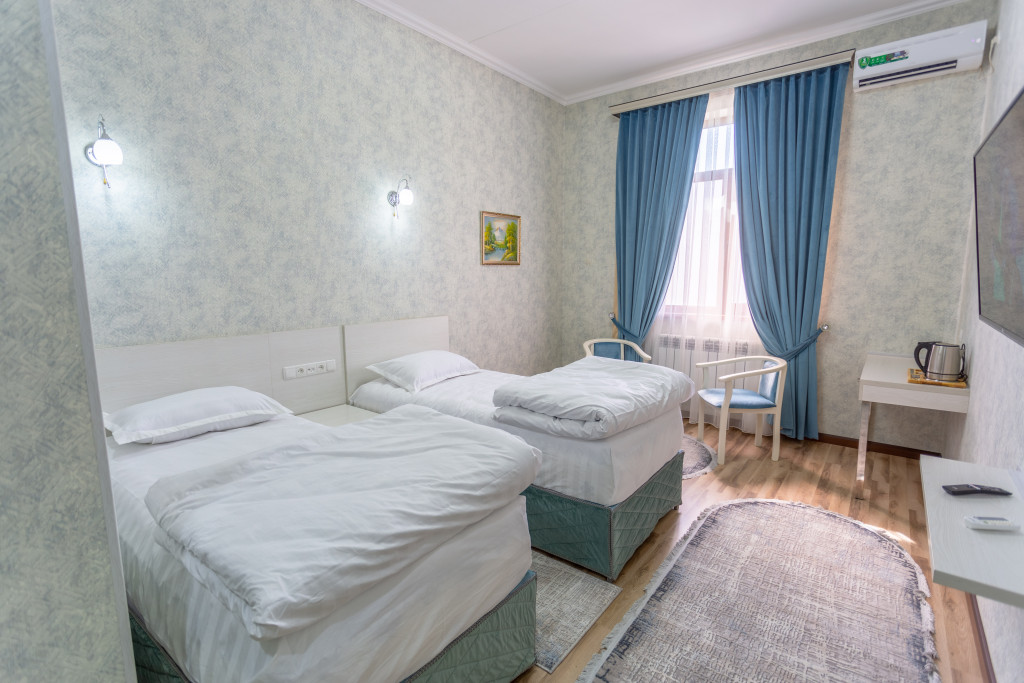 Room 4324 image 41935