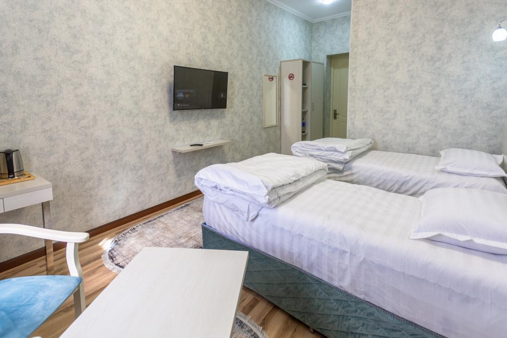 Room 4324 image 41936
