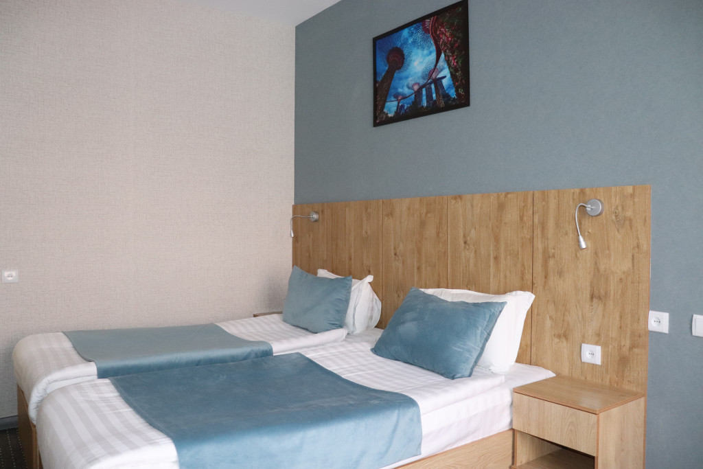 Room 4512 image 43896