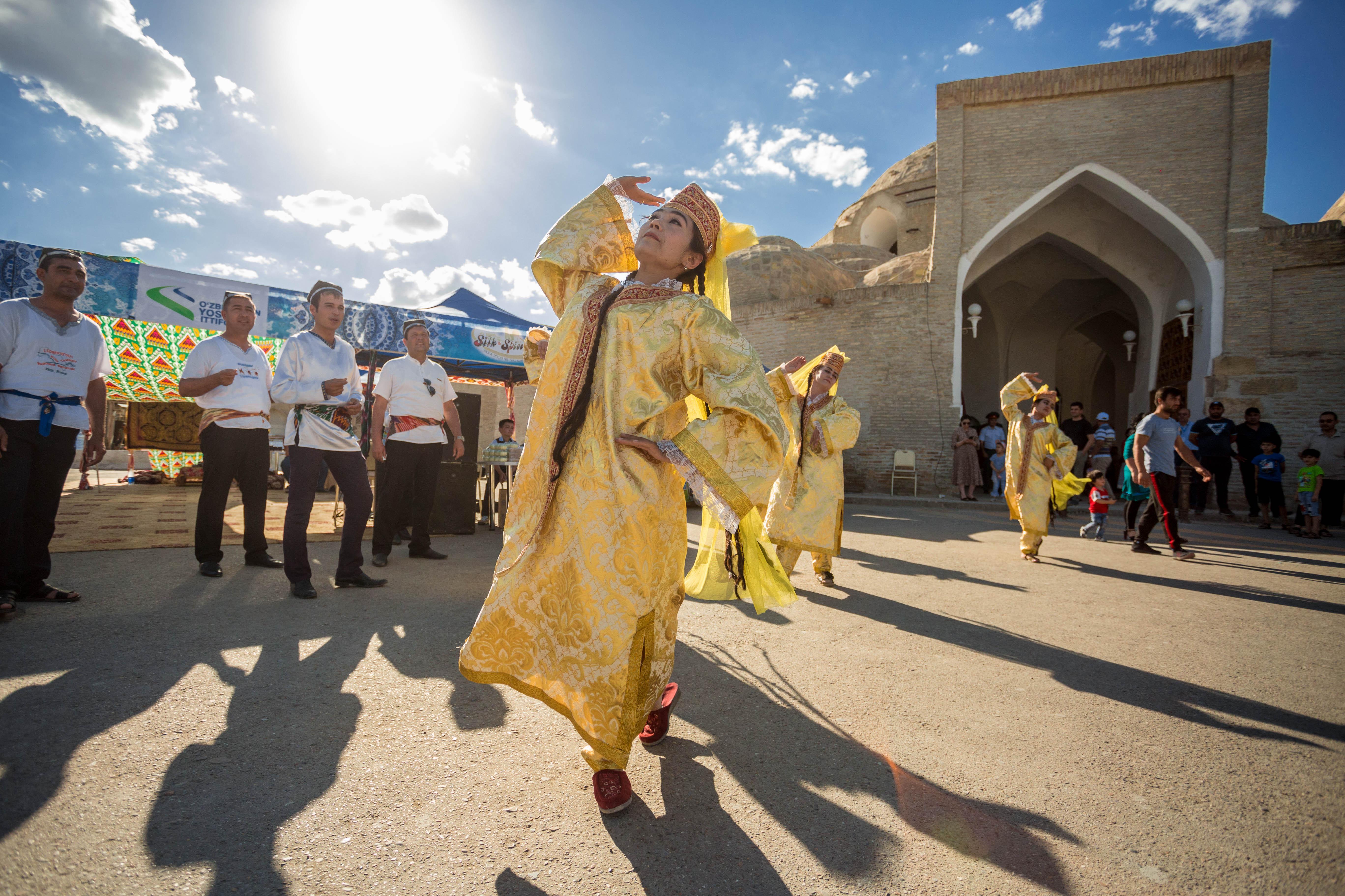 Усвойте Бухарский танец за 2 дня